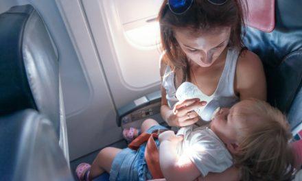 Baby's in vliegtuigen: gevaar voor oorpijn