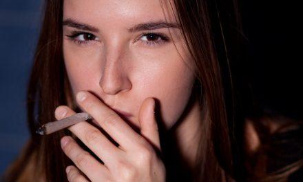 Net als nicotine beschadigt  cannabis de longen