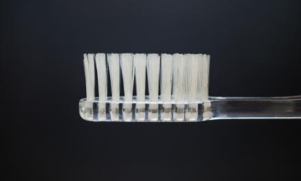 Bewaar je tandenborstel nooit in het donker