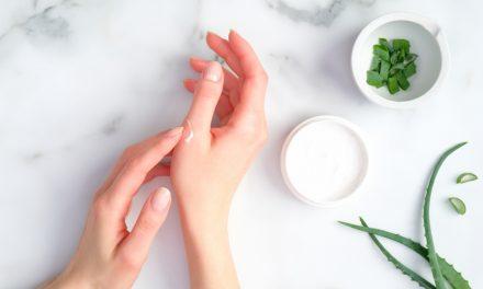 Ook ruwe handen door wassen en handgel? Gebruik een hydraterende handcrème!