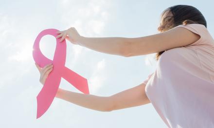 Hoe kunnen meisjes en vrouwen borstkanker voorkomen?